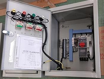 控制箱照明箱内部结构