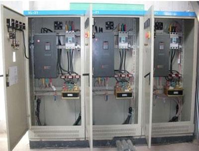 低压配电箱